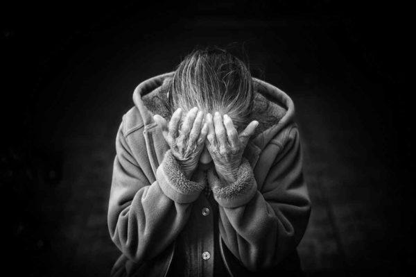 5 Fase Emosi Saat Bersedih | arum.me