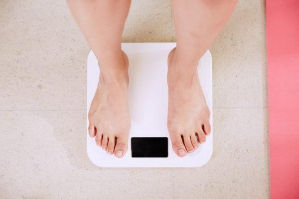 Cara Mengetahui Berat Badan Ideal