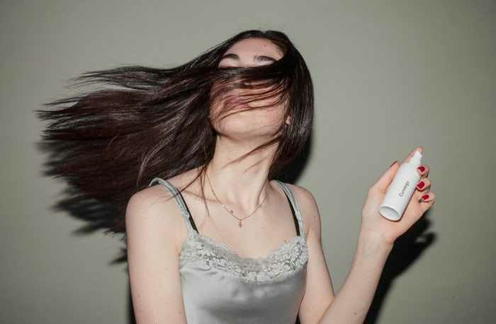 Cara mudah agar rambut sehat, berkilau, dan mudah diatur | arum.me