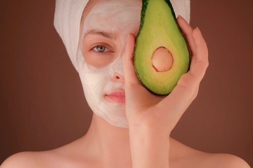 Masker pencerah wajah yang efektif | arum.me